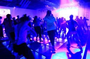 baldosas energia cinetica bailar 2